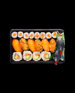 Salmon Dinner Supreme